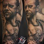 фото тату гладиатор №289 - интересный вариант рисунка, который легко можно использовать для переделки и нанесения как тату гладиатор из фильма