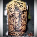 фото тату гладиатор №741 - прикольный вариант рисунка, который легко можно использовать для доработки и нанесения как тату гладиатор на руке