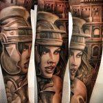 фото тату гладиатор №279 - интересный вариант рисунка, который успешно можно использовать для доработки и нанесения как тату гладиатор на животе