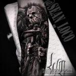 фото тату гладиатор №646 - интересный вариант рисунка, который удачно можно использовать для доработки и нанесения как тату гладиатор со львом