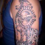 фото тату гладиатор №927 - достойный вариант рисунка, который легко можно использовать для переделки и нанесения как тату доспехов гладиаторов