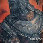 фото тату гладиатор №702 - прикольный вариант рисунка, который успешно можно использовать для переработки и нанесения как тату гладиатор на руке