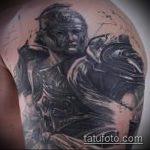 фото тату гладиатор №453 - эксклюзивный вариант рисунка, который хорошо можно использовать для переработки и нанесения как тату гладиатор на плечо