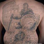 фото тату гладиатор №131 - крутой вариант рисунка, который хорошо можно использовать для переработки и нанесения как тату гладиатор на плече