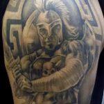 фото тату гладиатор №464 - эксклюзивный вариант рисунка, который хорошо можно использовать для переделки и нанесения как тату гладиатор с крыльями
