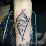 фото тату горы №143 - прикольный вариант рисунка, который успешно можно использовать для переделки и нанесения как тату гора египет