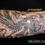 фото тату грифон №774 - эксклюзивный вариант рисунка, который успешно можно использовать для преобразования и нанесения как тату грифон абхазия