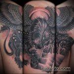 фото тату грифон №872 - уникальный вариант рисунка, который легко можно использовать для доработки и нанесения как тату грифон на икре