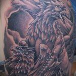 фото тату грифон №644 - прикольный вариант рисунка, который успешно можно использовать для переработки и нанесения как тату грифон на всю спину