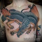 фото тату грифон №84 - достойный вариант рисунка, который удачно можно использовать для переработки и нанесения как тату грифон на ноге