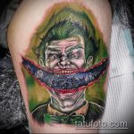 фото тату джокер №17 - прикольный вариант рисунка, который легко можно использовать для преобразования и нанесения как тату джокер на спине
