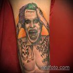 фото тату джокер №420 - интересный вариант рисунка, который удачно можно использовать для переработки и нанесения как тату джокер на плече