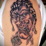 фото тату джокер №983 - достойный вариант рисунка, который удачно можно использовать для переработки и нанесения как тату джокер в маске