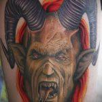 фото тату козел №950 - достойный вариант рисунка, который успешно можно использовать для преобразования и нанесения как тату козел олдскул