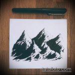 эскиз тату горы №821 - уникальный вариант рисунка, который легко можно использовать для переработки и нанесения как тату горы запястье