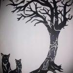 эскиз тату дерево №65 - интересный вариант рисунка, который успешно можно использовать для доработки и нанесения как тату дерево вдоль позвоночника