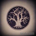 эскиз тату дерево №806 - классный вариант рисунка, который удачно можно использовать для доработки и нанесения как тату дерево на плече