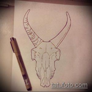 эскиз тату козел №733 - крутой вариант рисунка, который удачно можно использовать для доработки и нанесения как тату козел ест траву