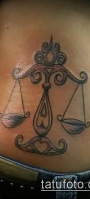 тату весы (зодиак) (значение) – пример интересного рисунка тату – 017 tatufoto.com