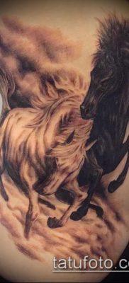 тату конь фото (значение) – пример интересного рисунка тату – 002 tatufoto.com