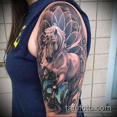 тату конь фото (значение) - пример интересного рисунка тату - 041 tatufoto.com
