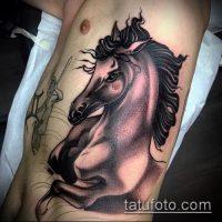 Значение тату конь