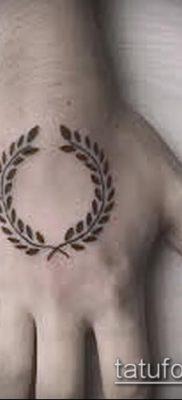 тату лавровый венок (значение) – пример интересного рисунка тату – 001 tatufoto.com
