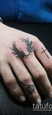 тату лавровый венок (значение) – пример интересного рисунка тату – 021 tatufoto.com