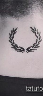 тату лавровый венок (значение) – пример интересного рисунка тату – 027 tatufoto.com