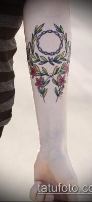 тату лавровый венок (значение) – пример интересного рисунка тату – 066 tatufoto.com