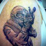 фото военных тату №547 - эксклюзивный вариант рисунка, который успешно можно использовать для переделки и нанесения как военные тату скорпион