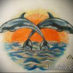 фото тату дельфин №418 - достойный вариант рисунка, который успешно можно использовать для преобразования и нанесения как фото тату дельфин на ноге