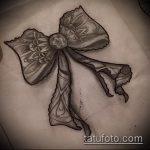 эскиз тату бантик №992 - достойный вариант рисунка, который легко можно использовать для переработки и нанесения как тату бантик на животе