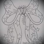 эскиз тату бантик №151 - эксклюзивный вариант рисунка, который хорошо можно использовать для переработки и нанесения как тату бантик на спине