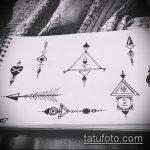 эскиз тату глаз в треугольнике №597 - классный вариант рисунка, который легко можно использовать для переработки и нанесения как тату глаз в треугольнике на ладони