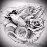 эскиз тату голубь №736 - интересный вариант рисунка, который удачно можно использовать для переработки и нанесения как тату голубь с крестом