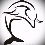эскиз тату дельфин №376 - уникальный вариант рисунка, который легко можно использовать для доработки и нанесения как татуировка дельфин на руке