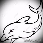 эскиз тату дельфин №882 - классный вариант рисунка, который удачно можно использовать для доработки и нанесения как татуировка дельфин значение на ноге