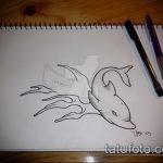 эскиз тату дельфин №606 - эксклюзивный вариант рисунка, который успешно можно использовать для доработки и нанесения как татуировка дельфин на ноге