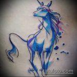 эскиз тату единорог №418 - крутой вариант рисунка, который легко можно использовать для переработки и нанесения как татуировка единорог на бедре