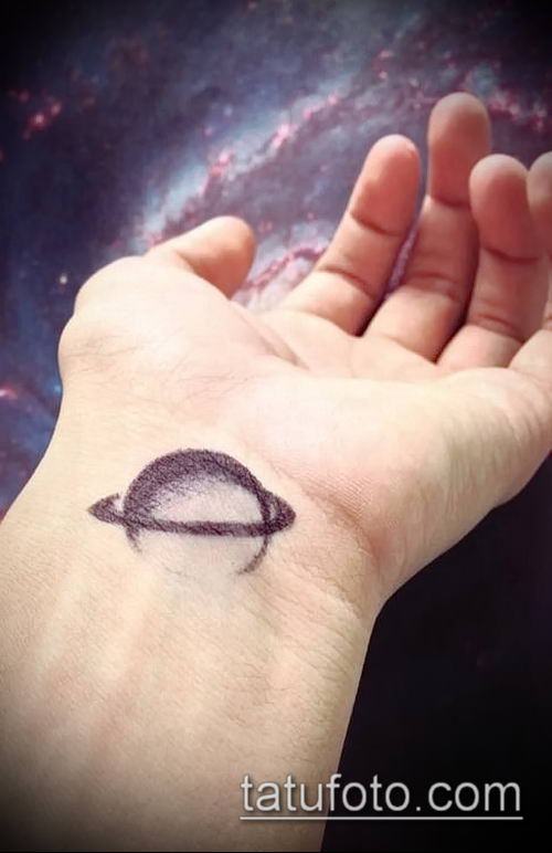 фото тату Сатурн (tattoo Saturn) (значение) - пример рисунка - 002 tatufoto.com