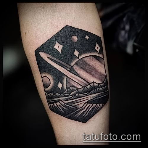 фото тату Сатурн (tattoo Saturn) (значение) - пример рисунка - 032 tatufoto.com