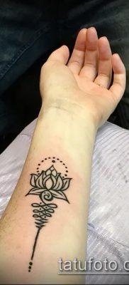 фото тату Уналоме (tattoo Unalome) (значение) – пример рисунка – 041 tatufoto.com