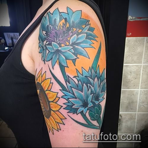 фото тату василек (cornflower tattoo) (значение) - пример рисунка - 023 tatufoto.com