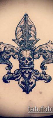 фото тату гера-лилия (значение) – пример интересного рисунка тату – 028 tatufoto.com