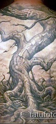 фото тату дуб (tattoo oak) (значение) – пример рисунка – 036 tatufoto.com