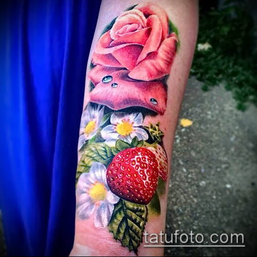 фото тату клубника (Strawberry Tattoos) (значение) - пример рисунка - 012 tatufoto.com