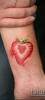 фото тату клубника (Strawberry Tattoos) (значение) – пример рисунка – 024 tatufoto.com