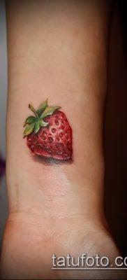 фото тату клубника (Strawberry Tattoos) (значение) – пример рисунка – 028 tatufoto.com