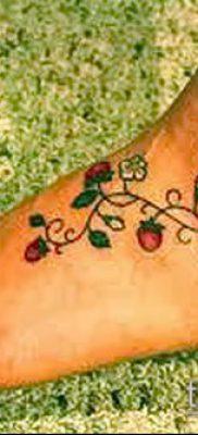 фото тату клубника (Strawberry Tattoos) (значение) – пример рисунка – 035 tatufoto.com